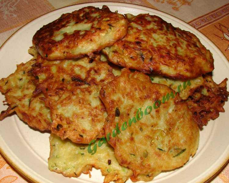 Рецепт оладушек из кабачков пошаговый с