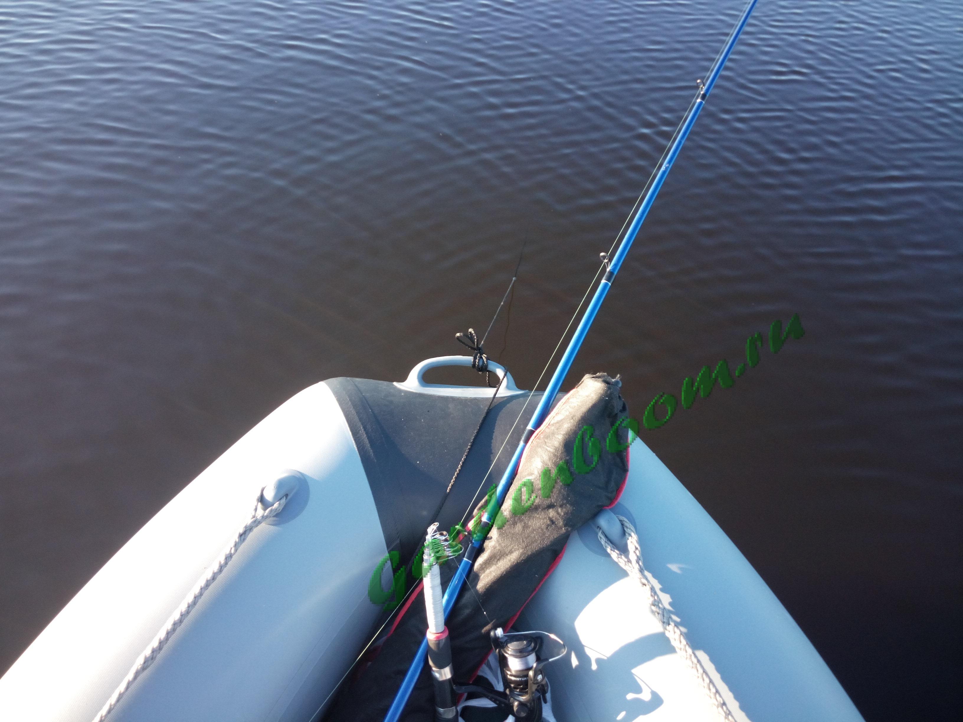 как закрепить грузы на лодке